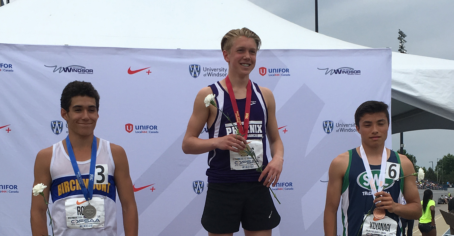 Nick Young 800 M Gold - Web